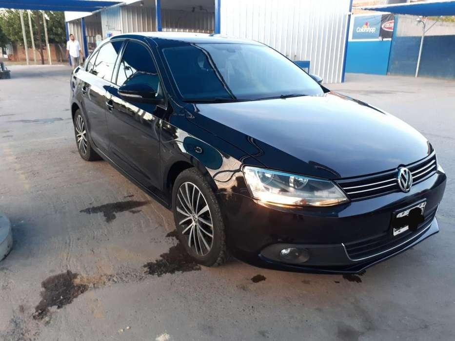 Volkswagen Vento 2012 - 135000 km