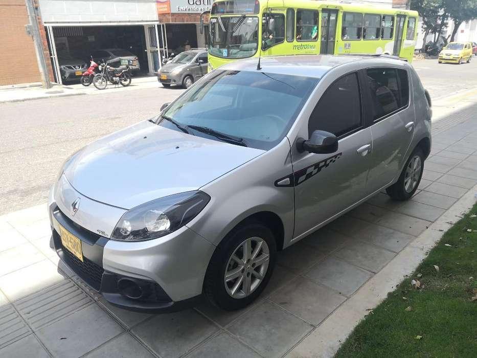 Renault Sandero 2014 - 46000 km