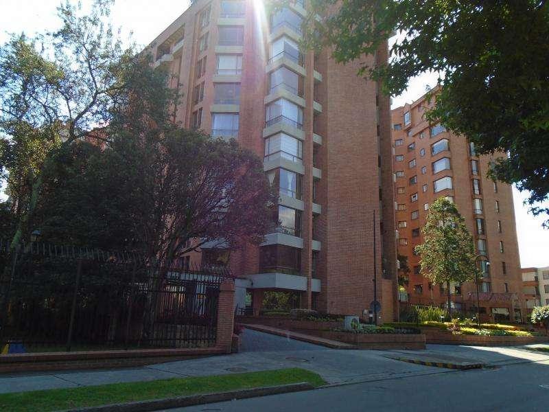 Cod. ABAGD627089 Apartamento En Arriendo En Bogota Antiguo Country