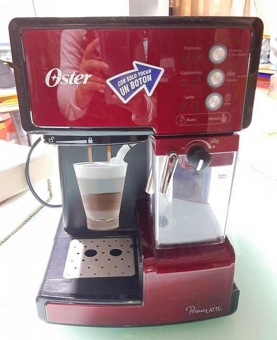 Cafetera Automática Oster Primalatte 1