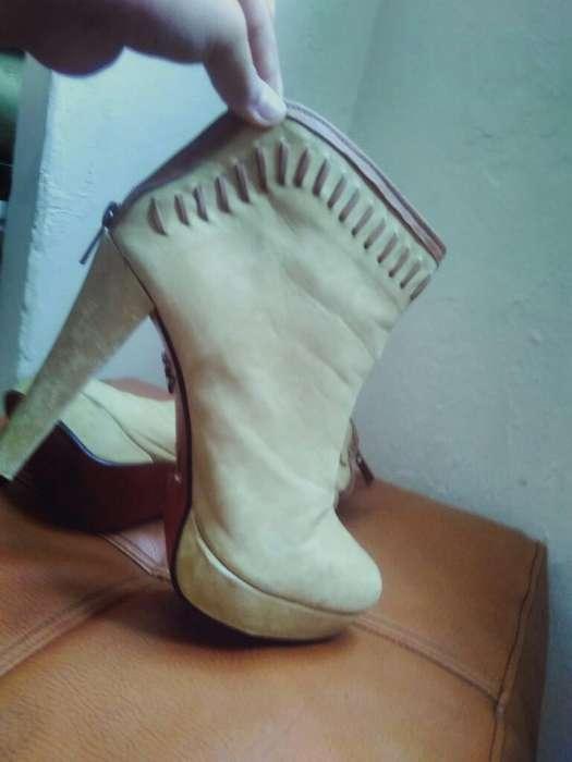 Zapatos Color Mostaza Talla 39
