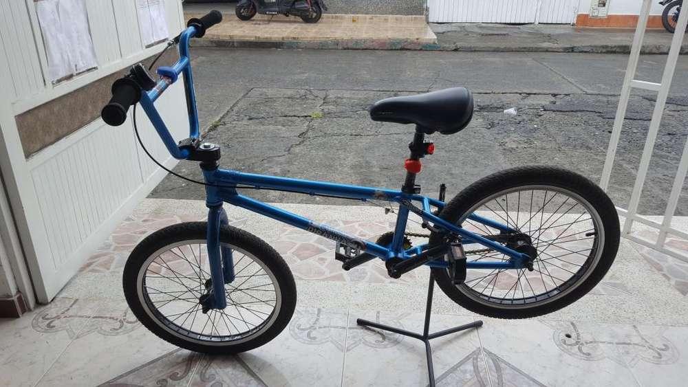 CICLA BMX PIRAÑA BIKE