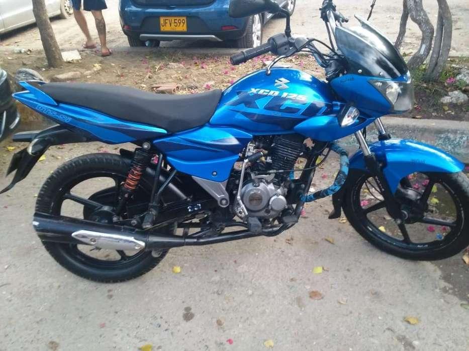 Moto Bajaj Xcd 125