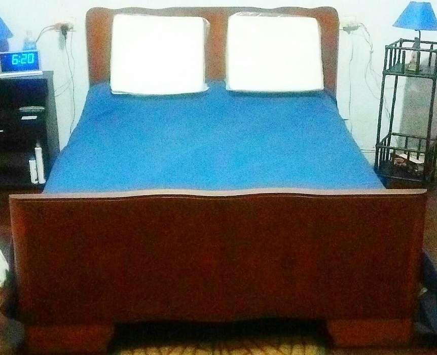 Vendo Hermosa <strong>cama</strong> Cedro Fuerte 2plazas