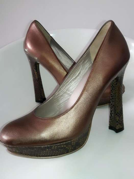 7189b45a Zapatos botas: Ropa y Calzado en venta en Perú   OLX