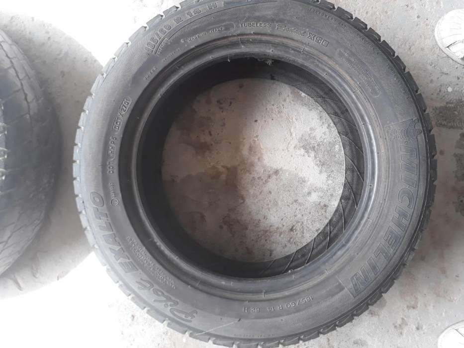 Cubierta Michelin Pilot Exalto 185/60/14