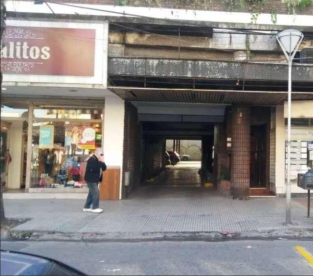 Cochera en Castelar Norte - Ref:826