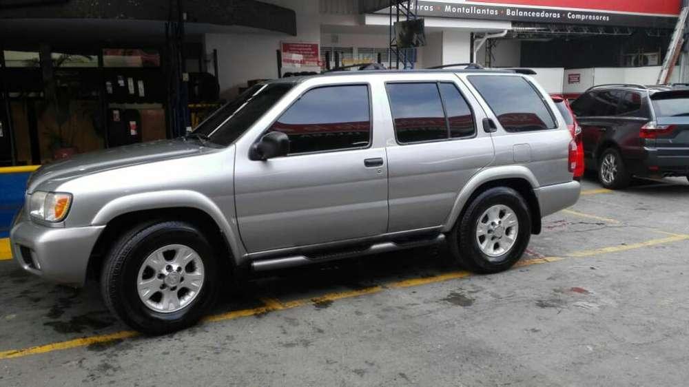 Nissan Pathfinder 2000 - 190000 km
