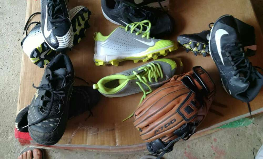 Spikes Y Manillas para Beisbol