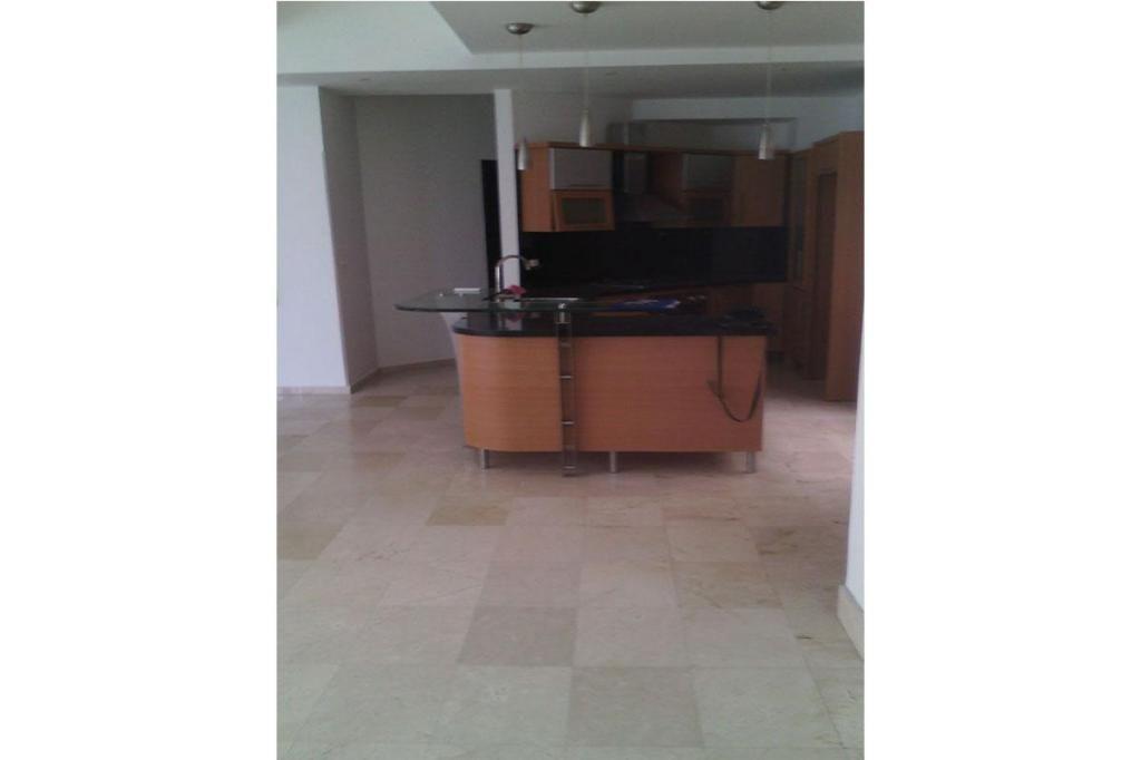 Apartamento En Arriendo En Cartagena Castillogrande Cod: 7775