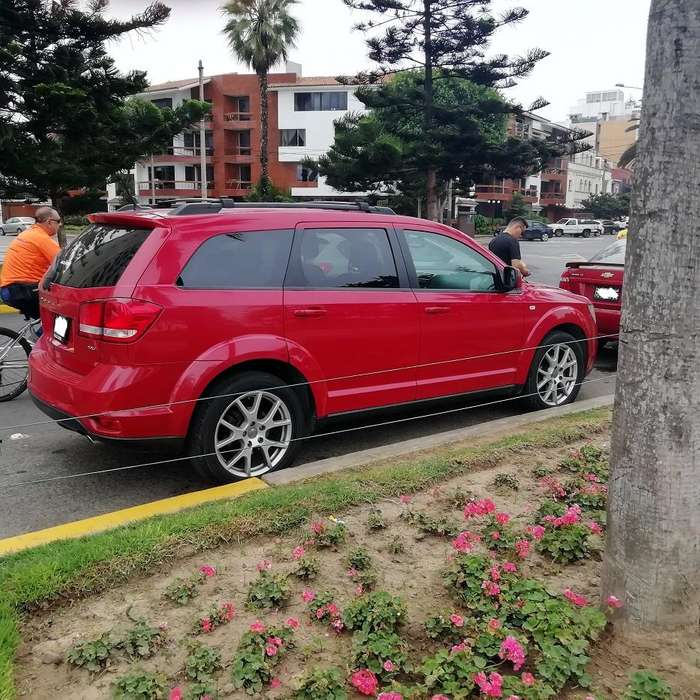 <strong>dodge</strong> Journey 2012 - 87000 km