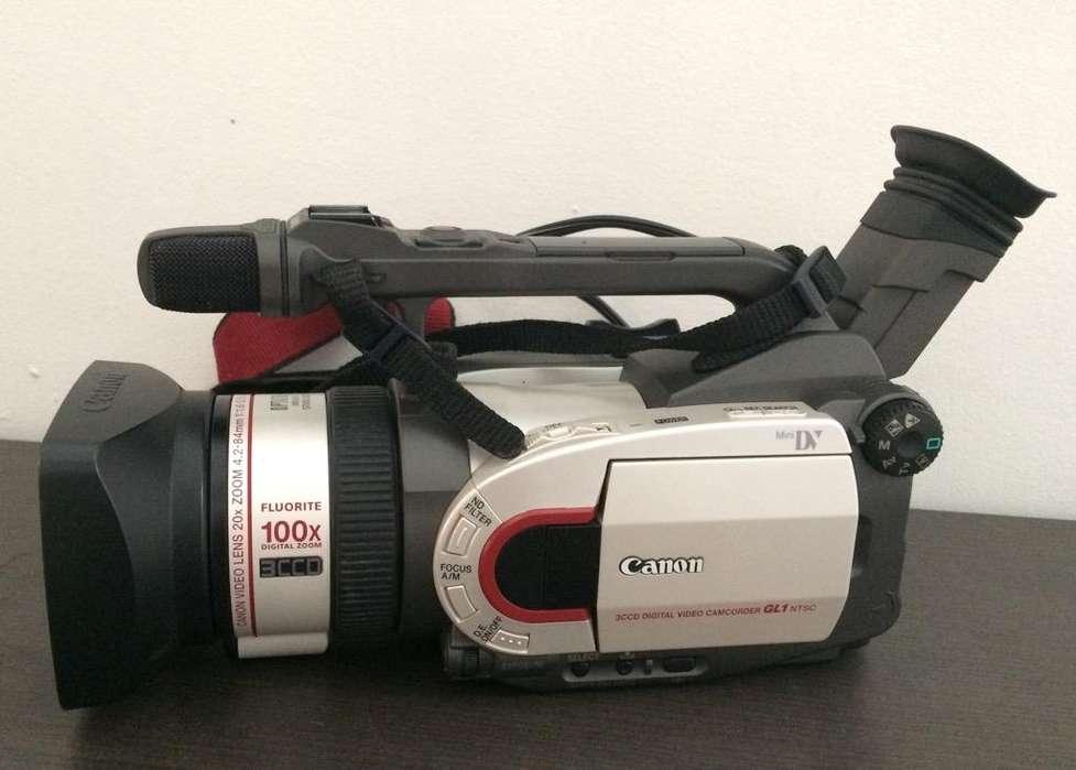 Videocamara Canon DM-GL1 A Dos Lentes