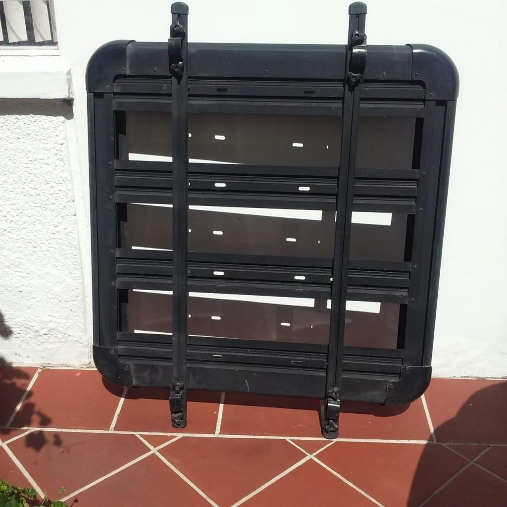 Parrilla Aluminio color negro Universal -  Vitara