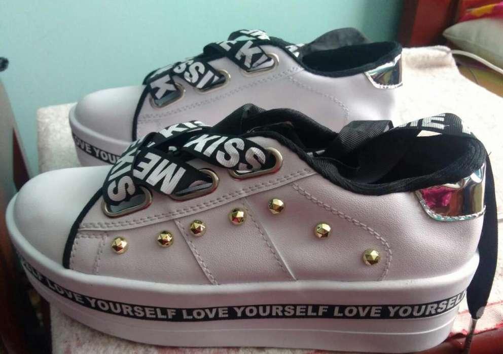 Se vende zapatos nuevos