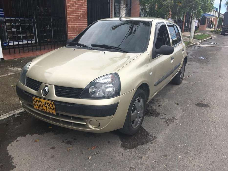 Renault Clio  2003 - 120000 km