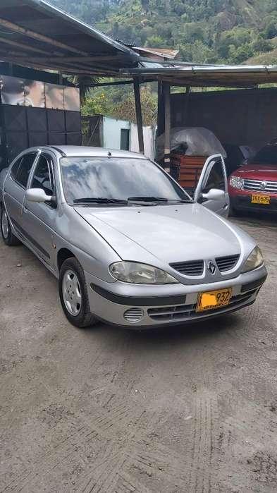 Renault Megane  2001 - 155000 km