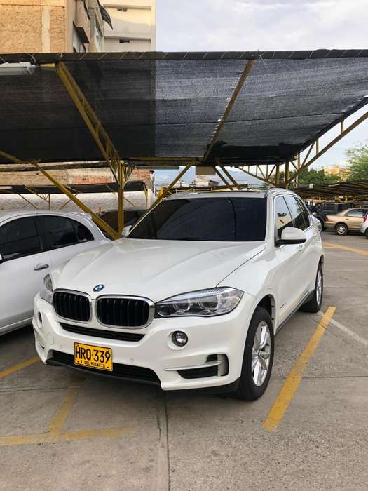 <strong>bmw</strong> X5 2016 - 35300 km