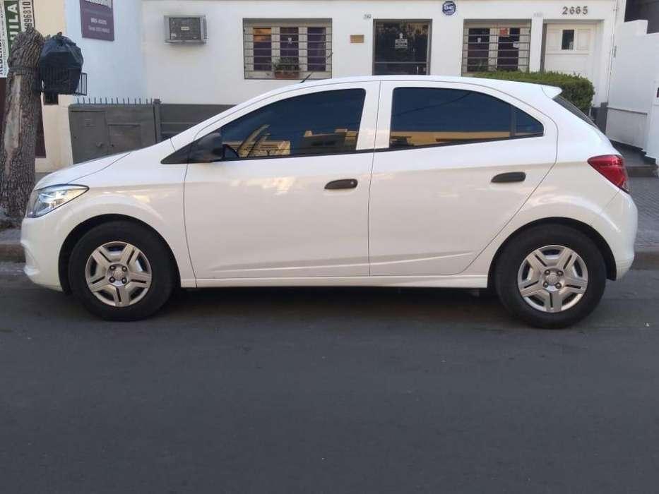 Chevrolet Onix 2018 - 17000 km