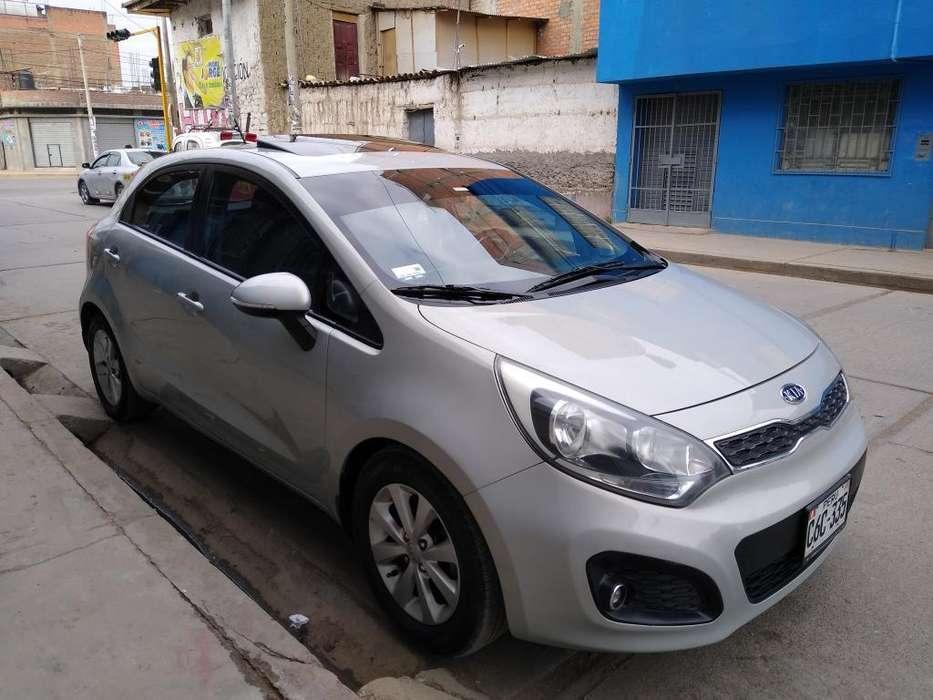 Kia Rio Hatchback 2012 - 65485 km