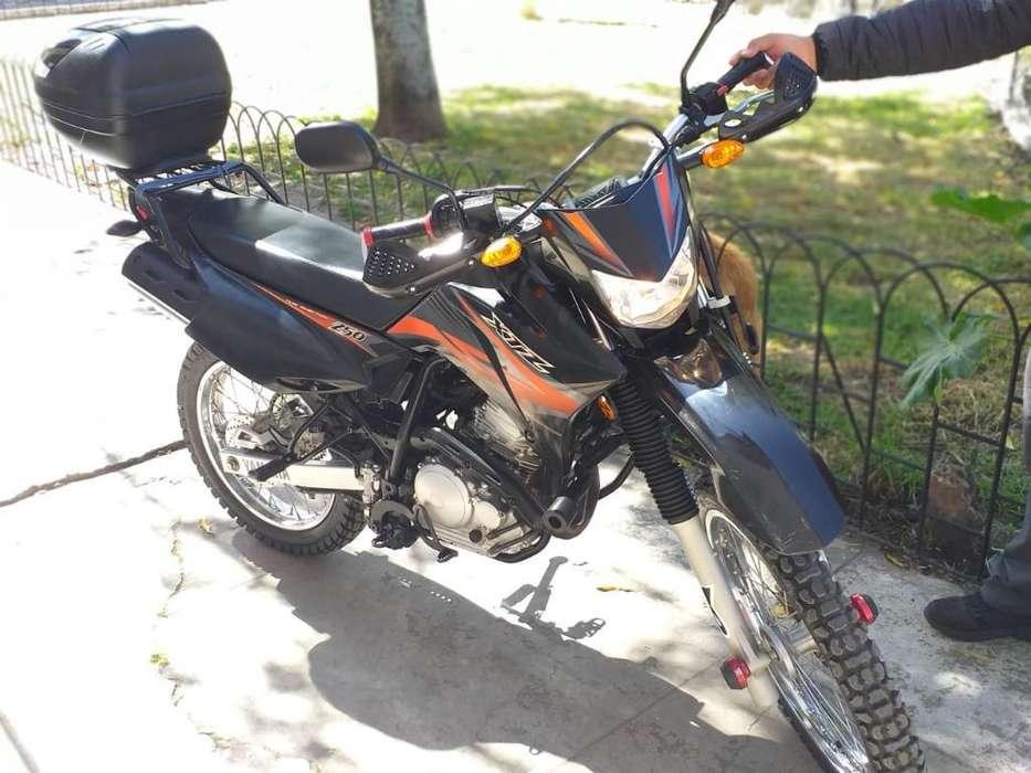 Vendo Moto Yamaha Xtz 250 Lander
