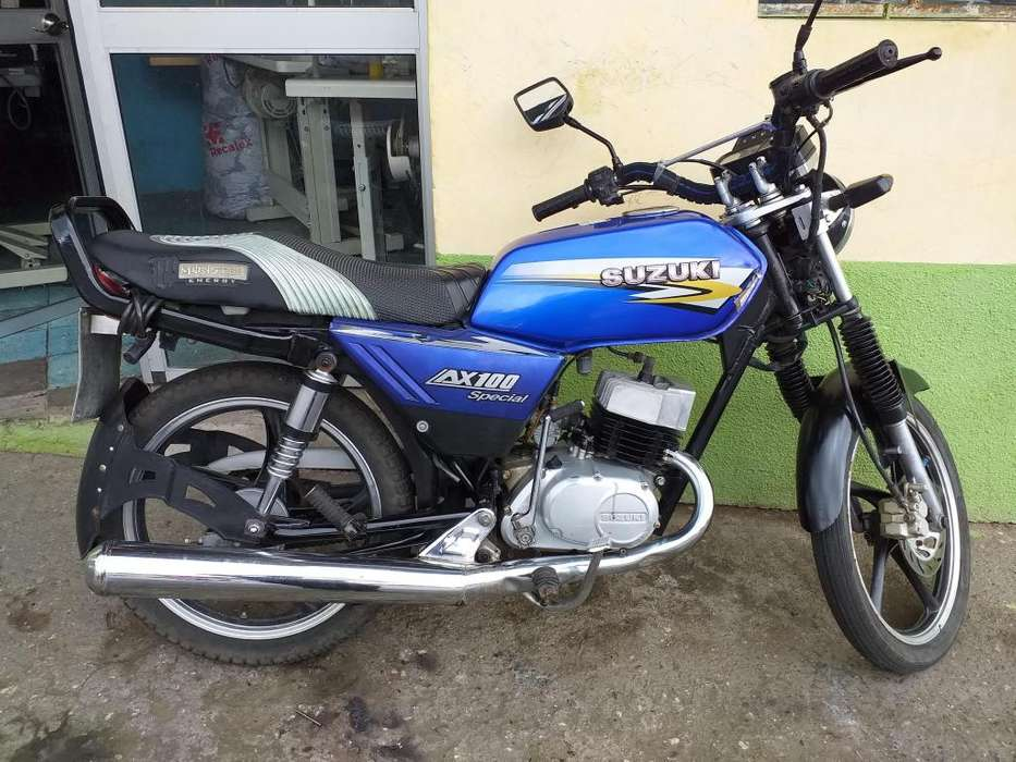 De 100 suzuki Ecuador - Motos Ecuador - Vehículos