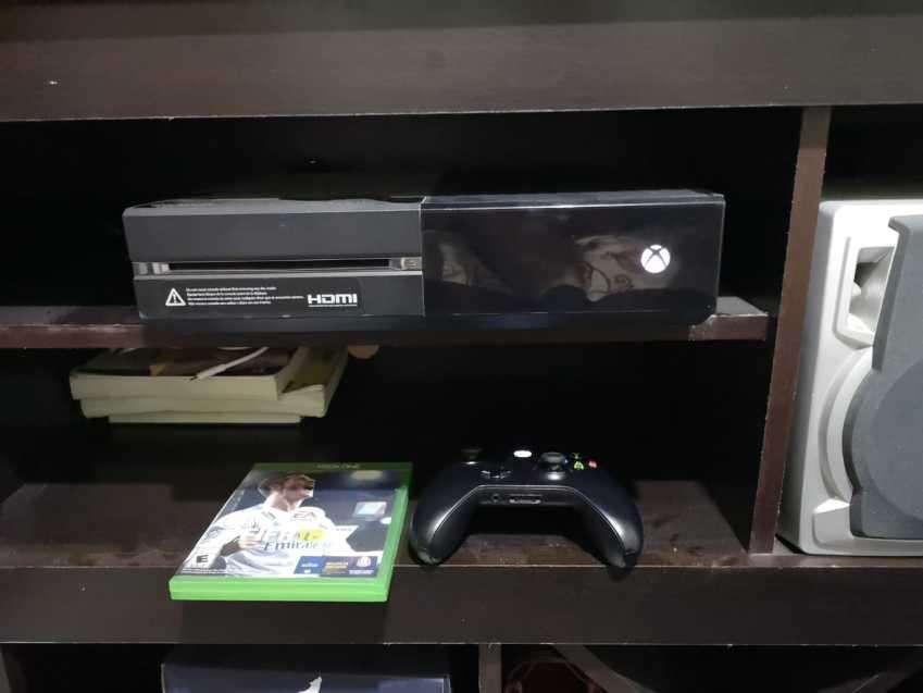 Vendo Xbox One 32Gb