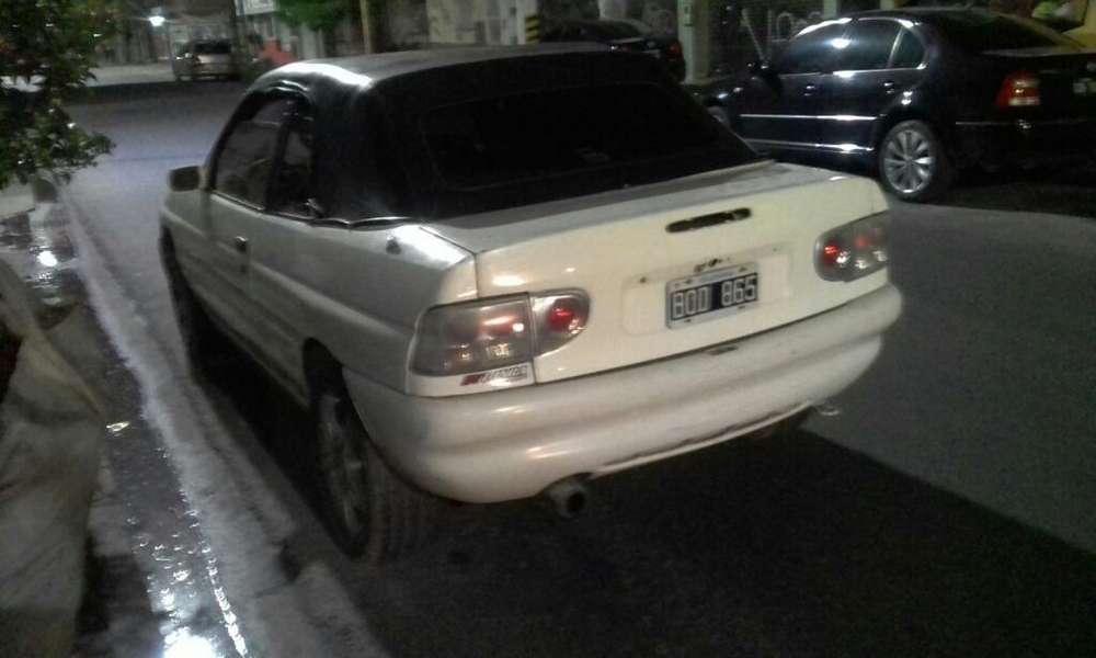Ford Escort 1998 - 150000 km