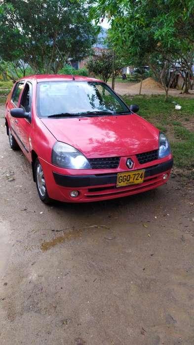Renault Symbol 2005 - 160 km