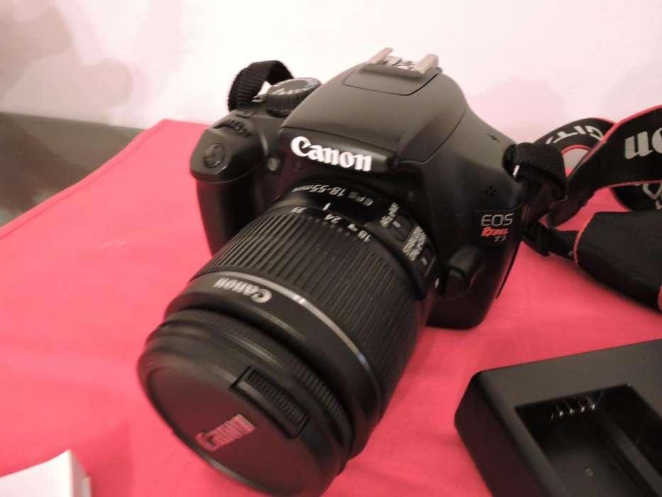 CÁMARA Reflex REBEL T3 EOS 1100D (con lente original 18 - 55mm)