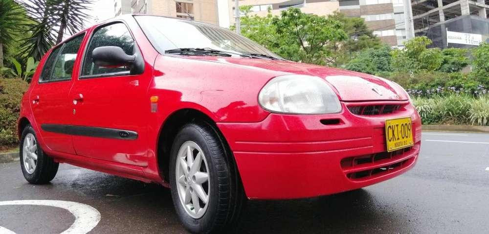 Renault Clio  2003 - 146000 km