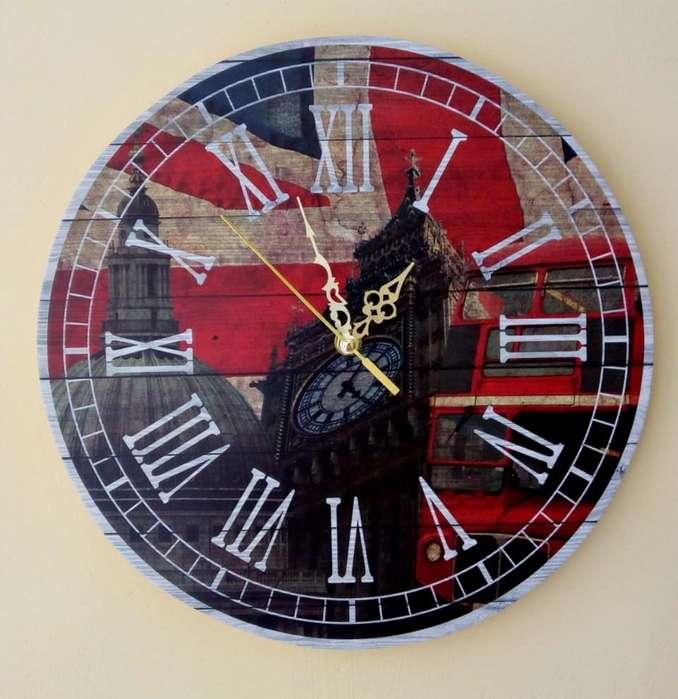 Relojes de pared de 32 x 32