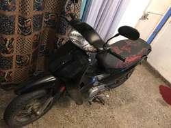 Motocicleta Jialing 110 modelo 2009.
