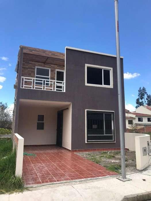 Villa en Venta Economica con Espacio Verde