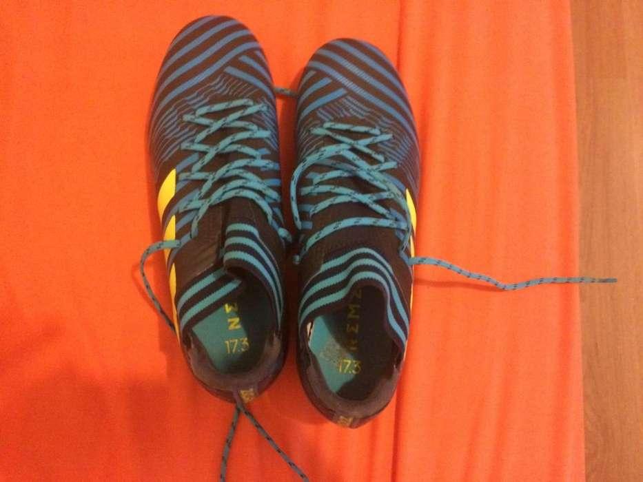 Zapatos de Pupos Futbol <strong>adidas</strong> Eminuevos
