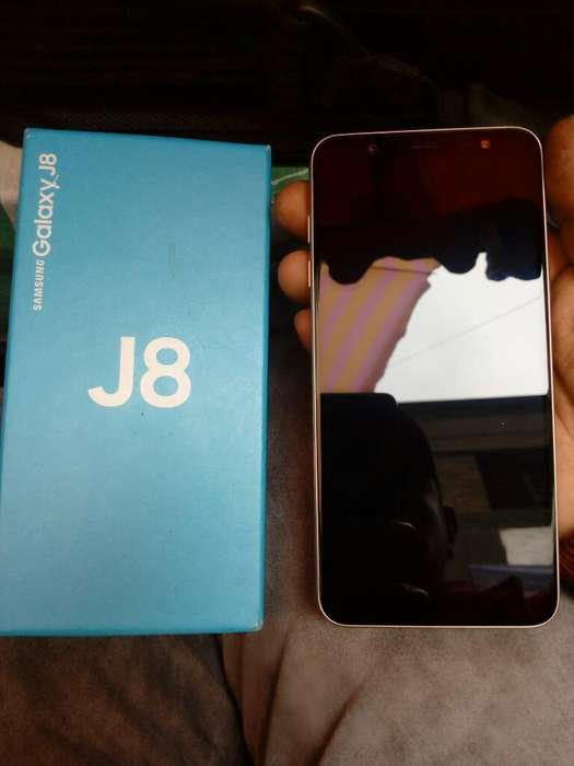 Samsung J8 con Factura Legal