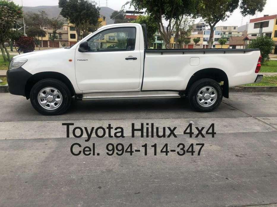 Toyota Hilux 2013 - 60000 km