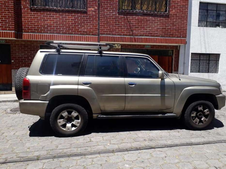 Nissan Patrol  2009 - 149990 km