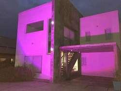 Hermosa  casa  en Cañuelas en Club de  campo LA TAQUARA