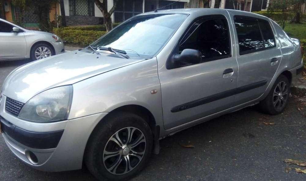 Renault Symbol 2005 - 139000 km