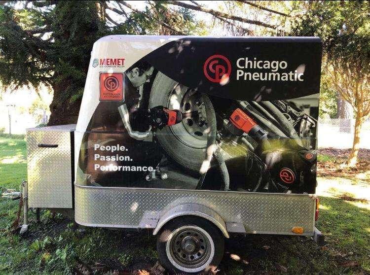 trailer Mactrail ideal para carreras de moto y karting ó showroom móvil de herramientas