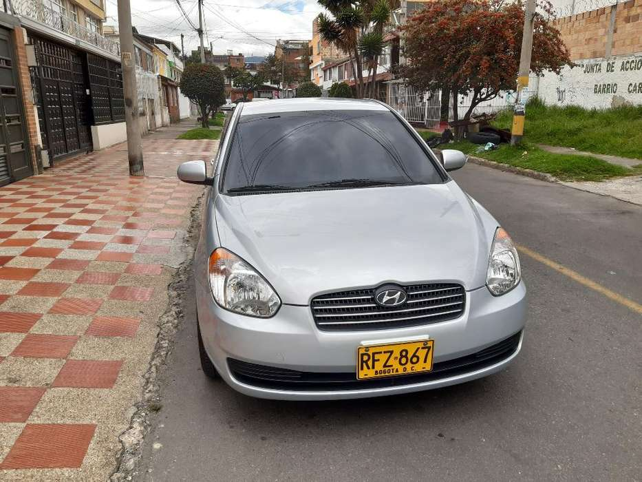 <strong>hyundai</strong> Accent 2011 - 74700 km