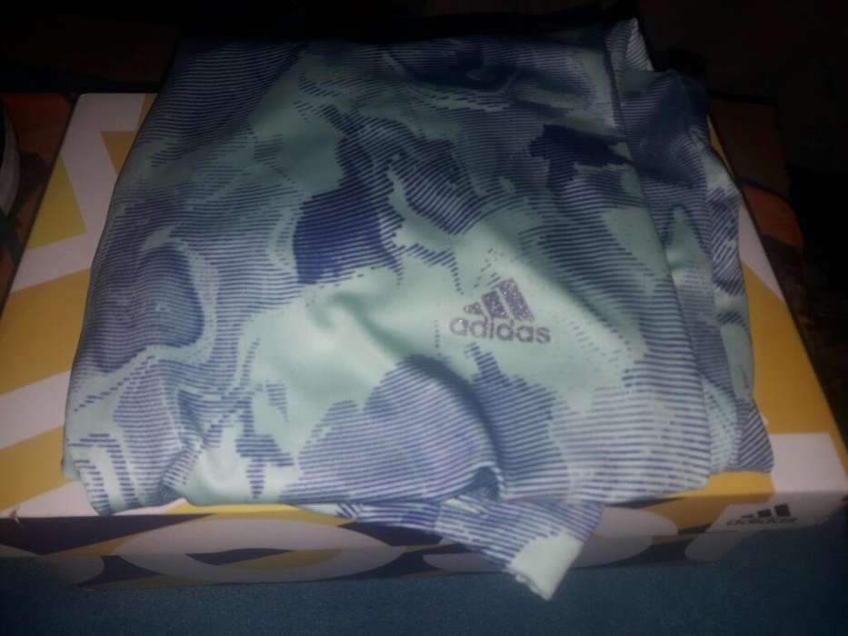 Calza Adidas Original de Mujer Tale M