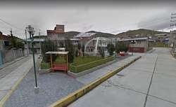 Vendo casa de 2 piso un departamento y 8 cuartos Cerro de Pasco Yanacancha San Juan
