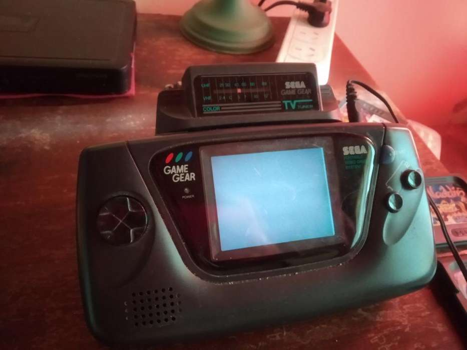 Sega Game Gear a Reparar