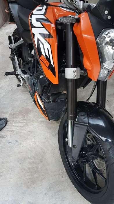 Vendo Ktm 200