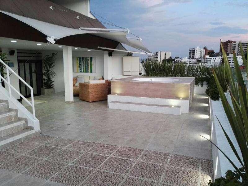 Apartamento En Venta En Cali El Peñon Cod. VBSBI10680