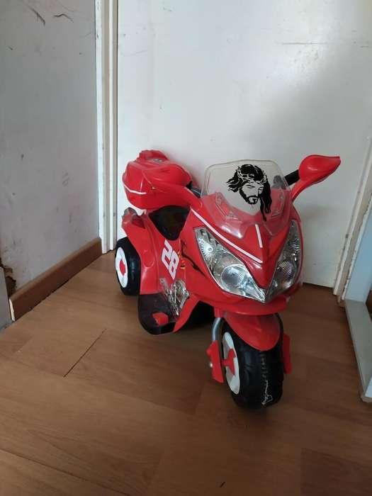 Montable Moto Roja