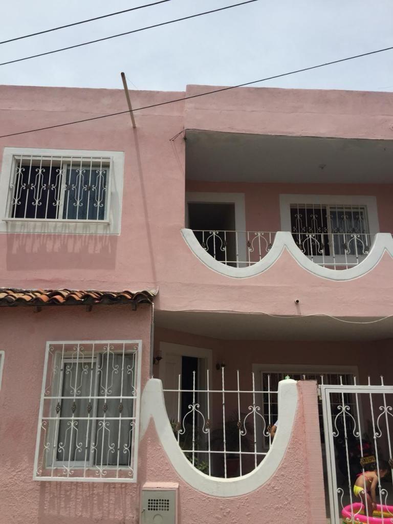 Apartamento Piso 2 Sector El Llano. Código 877059