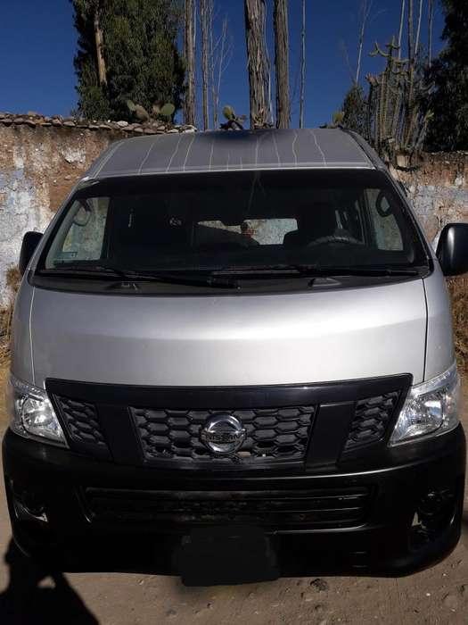 Vendo Combi Nissan Urvan