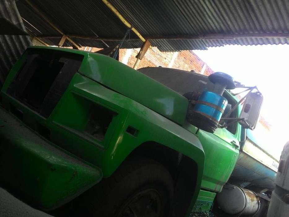 Vendo camion ford 7000
